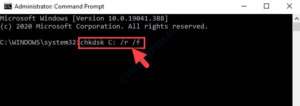 Modalità di amministrazione del prompt dei comandi Eseguire l'utilità Chkdsk con l'interruttore F su Invio